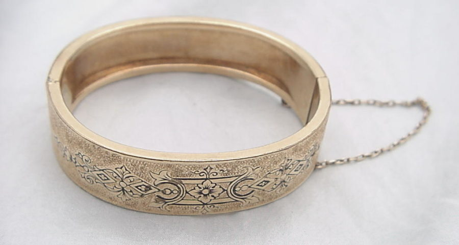 Shopping For Jewellery Online Safely